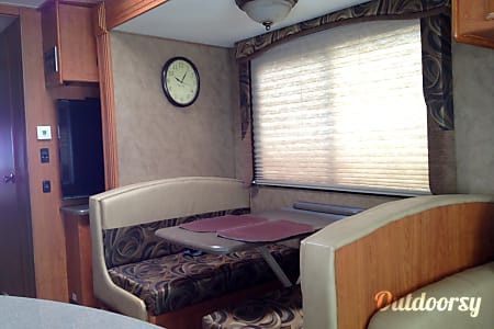 02013 Coachmen Mirada  Ormond Beach, FL