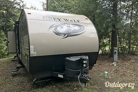 02018 Forest River Cherokee Grey Wolf  Jasper, TX