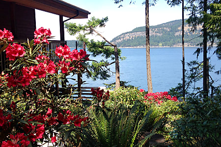 02012 Evergreen Everlite  Pender Island, BC