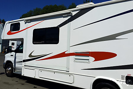 02010 Ford Forrest River Sunseeker  Burnaby, BC