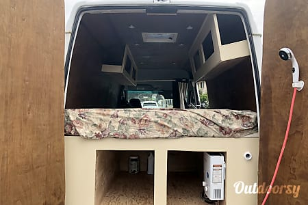 02005 Mercedes-Benz Sprinter  Honolulu, HI