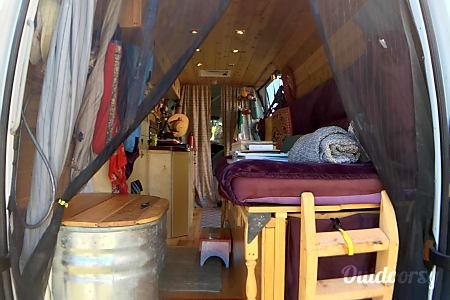 02012 Mercedes-Benz Camper  Asheville, NC