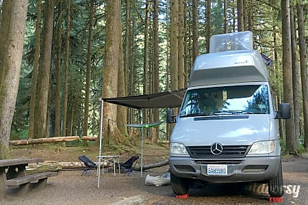 02005 Mercedes-Benz Sprinter  Seattle, WA