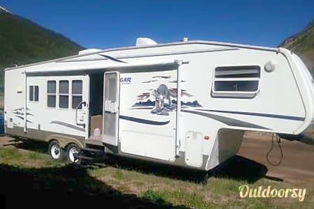 02004 Keystone Cougar  Pueblo West, CO