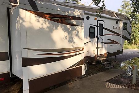 02014 Keystone Laredo  Pflugerville, TX