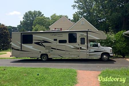 02015 Coachmen Leprechaun  Fredericksburg, VA