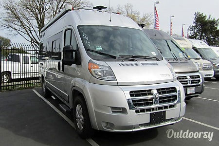 021ft Winnebago Travato 59G  San Diego, CA