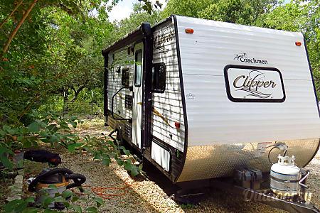 02016 Coachmen Clipper  Boerne, TX
