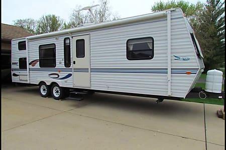 Chicago RV Rental, Travel Trailer Camper Rental