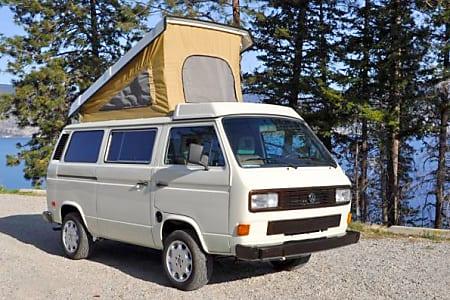 Vanna White - 1986 Volkswagen Westfalia