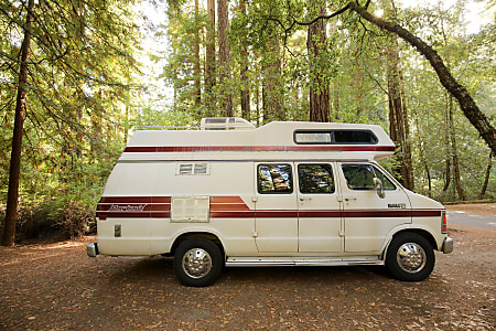 19' Solar Dodge Van WiFi Sleeps 4 Compact RV Camper (Bianca) Drives like an  SUV and Park Anywhere! New Engine, Trans, Tires, Brakes, A/C, Battery and