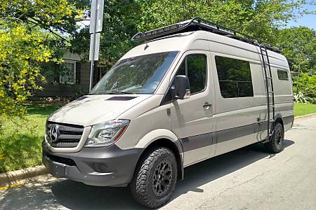 Custom Sprinter - Offgrid luxury | Turnkey van life experience