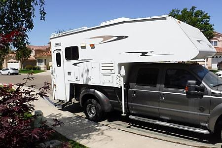 2006 Lance Max 1191 w/2011 F450 4X4 Super Duty Crew Cab Truck