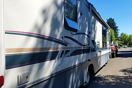 Camper Van Rental Portland, Class A Motorhome Rental, RV Rental