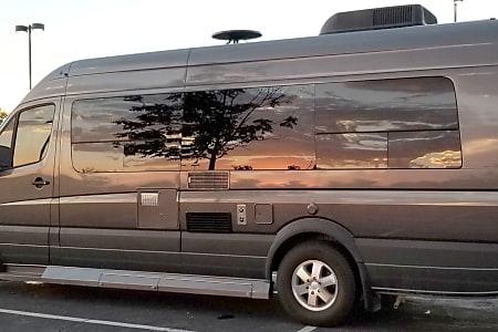 RV Rentals Denver, Camper Van Rental / Class B Rental
