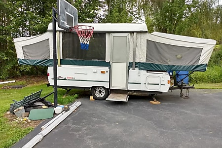 Pop-up Camper Rental, Travel Trailer Rental