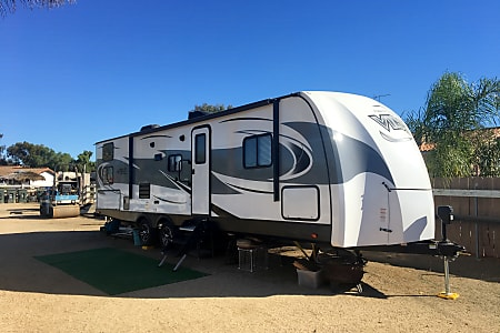 2018 Vibe FREE DELIVERY TO CAMPLAND ON THE BAY • KOA CHULA VISTA • DE ANZA  MISSION BAY PARK WITH A 3 NIGHTS MIN RENTAL & FULL HOOK UPS SITE