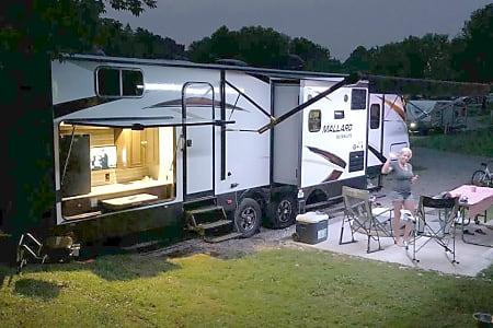 RV Rental Cleveland | Elyria & Mentor Camper Rental | Go RV