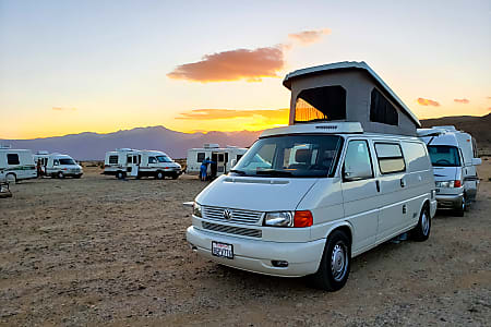 Volkswagen Eurovan Pop Top Camper