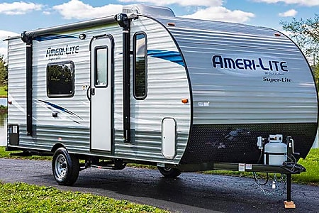Li L Allie Ameri Lite Bunkhouse Small Enough To Be Towed By Any Suv