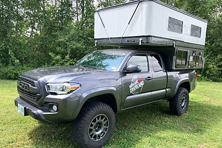 Toyota Tacoma Camper Shell For Sale >> 2016 Toyota Tacoma With Four Wheel Camper