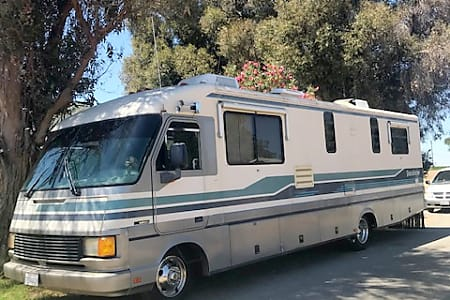 Cost to Rent an RV in the Bay Area, Class A Motorhome Rental