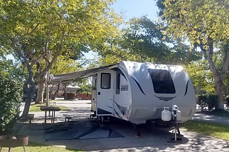 Lance Beautiful High End Trailer With Bunks For Kids Delivery And Pick Up Available