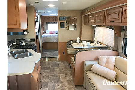 2015 Forest River Sunseeker  Anchorage, Alaska
