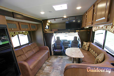 2017 Coachmen Leprechaun Tan Man  Rancho Santa Margarita, CA