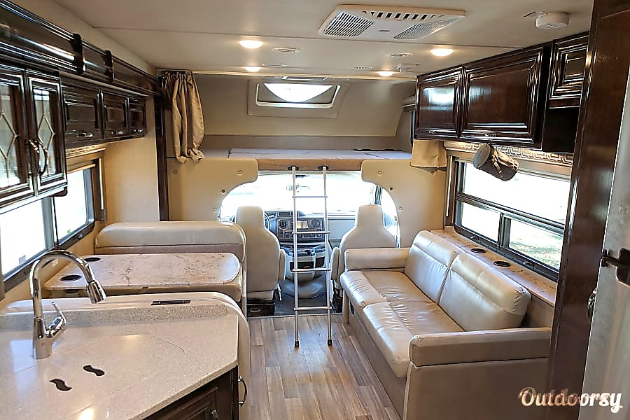 interior Thor Quantum LF31 Bunkhouse (everything included) Lebanon, IN