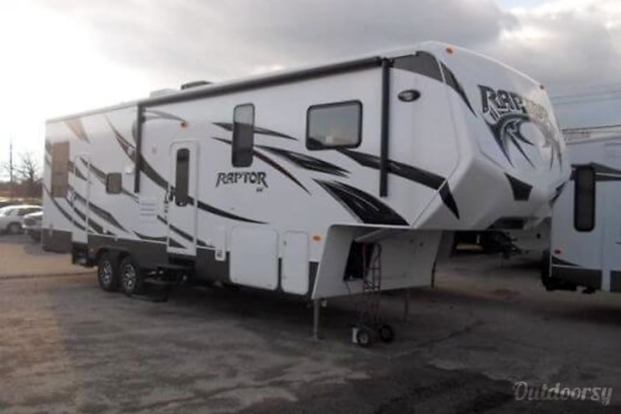 35′ Raptor 5th Wheel Phoenix, AZ