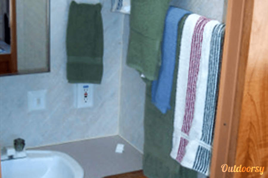 Layton Camp Trailer Huachuca City, Arizona Bathroom