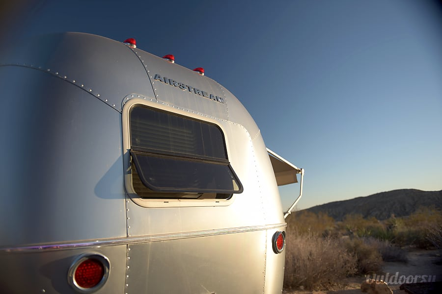 Airstream Sport (easiest tow) 2010 San Gabriel, California