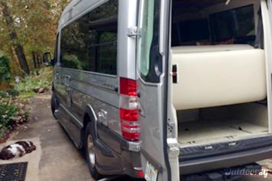 a0f12dfbe60e Great West Vans Sprinter Legend Motor Home Class B Rental in ...