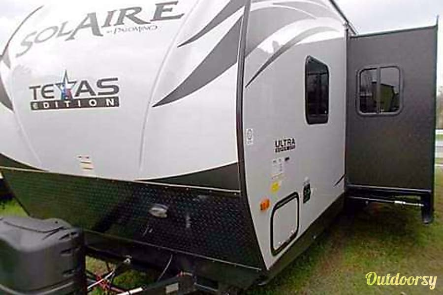 exterior Texas Edition! 2015 Palomino Solaire Ultra Lite - 1/2 ton towable - BUNKS/Spare room! SLEEPS 10 Sugar Land, TX