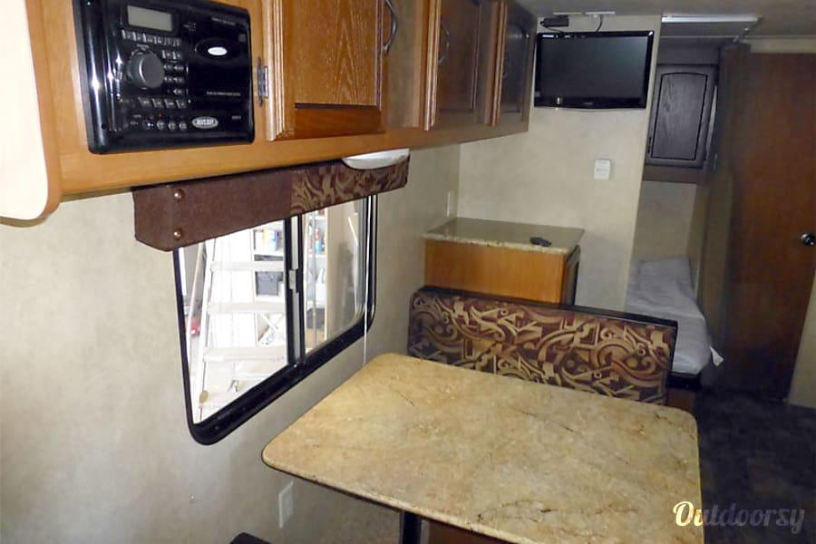 interior 18' Wildwood Travel Trailer With Bunk Beds (T1) San Marcos, CA