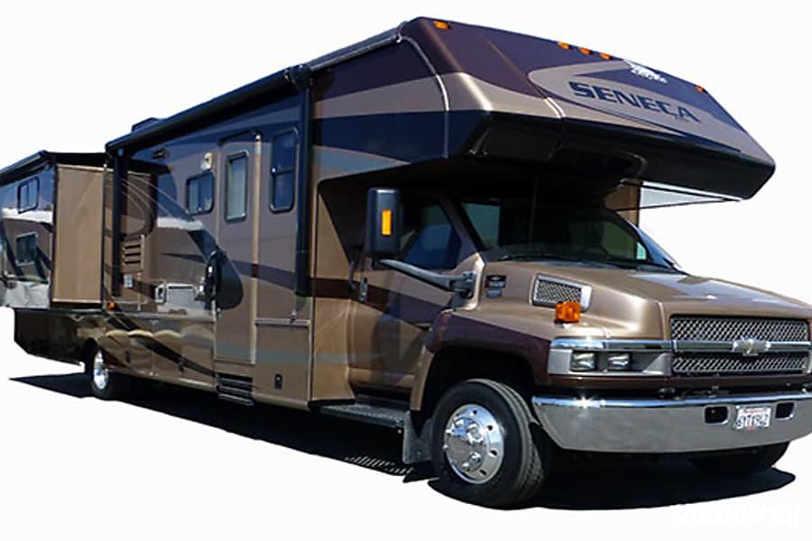 36' Jayco Seneca Diesel w/Two Slides + Bunk Beds (43) San Marcos, CA