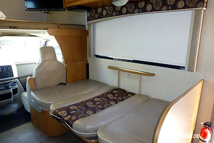 31' Itasca Spirit w/2 Slide-Outs & Bunk Beds (45) San Marcos, CA