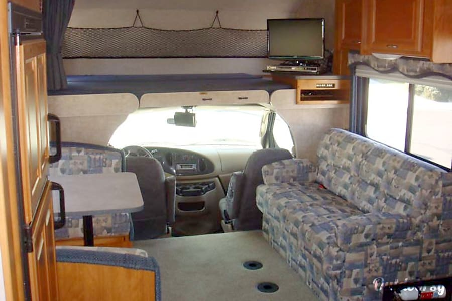 interior 31' Fleetwood Ranger With Two Slide-Outs (39) San Marcos, CA