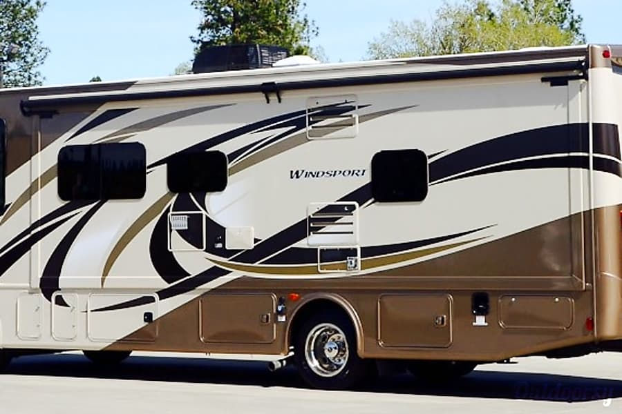 2016 Thor Motor Coach Windsport Roseville, CA