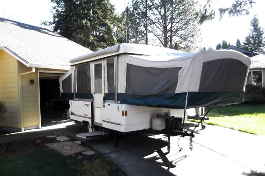 Coleman Grand Tour Santa Fe Hood River, OR