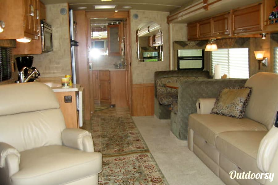 2007 Winnebago Journey Long Beach, CA