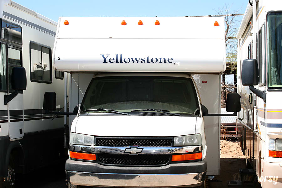 2005 Gulf Stream Yellowstone Motor Home Class C Rental In