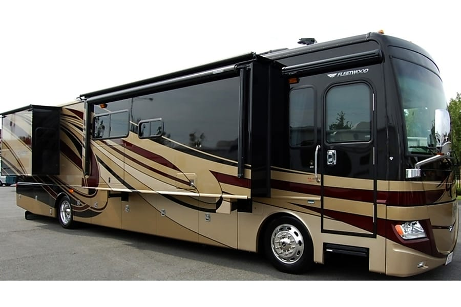 2013 Fleetwood Discovery Loaded Buford, GA