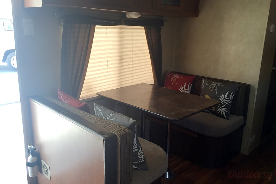 fun and loaded with amenities sleeps 6 Orcutt, CA