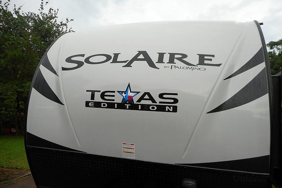 exterior Texas Edition! 2017 Palomino Solaire Ultra Lite - 1/2 ton towable - BUNKS/Spare room! SLEEPS 10 Sugar Land, TX