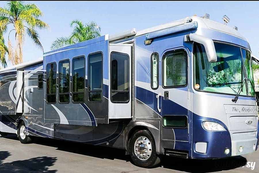 The Adventure Continues in this luxury coach. Well maintained inside and out this G7 has a modern and spacious design. Multiple windows and skylights in the main slide really help to open and brighten up the inside! High quality finish and fabrics. Sloat Bl, CA