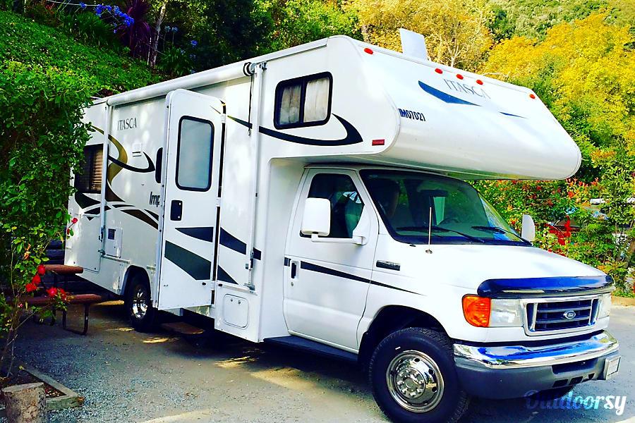 The Leamon Party Bus!  (24 ft, Sleeps 6+) Escondido, CA Camping near San Francisco, CA