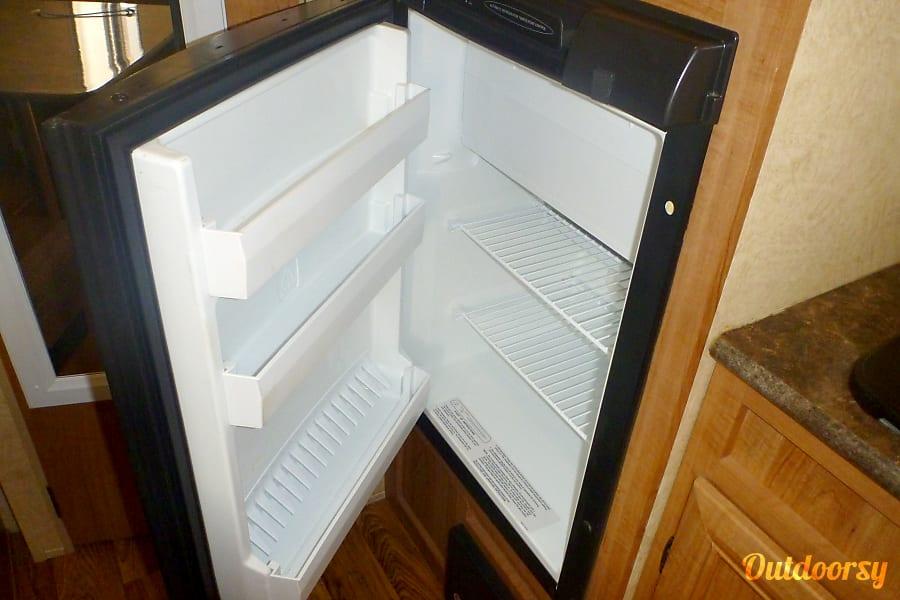 2014 Skyline Skycat Simi Valley, CA Compact Refrigerator