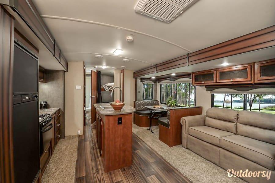 interior 2015 Heartland Wilderness Everett, WA